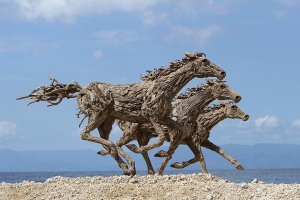 Horses sculpture by Jeffro Uitto