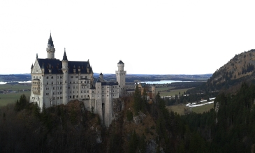 Neuschwanstein castle photo by Mario Alberto González Robert